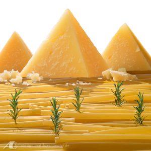 Italienische Landschaft aus Käse / Fotomontage für einen Catering Anbieter
