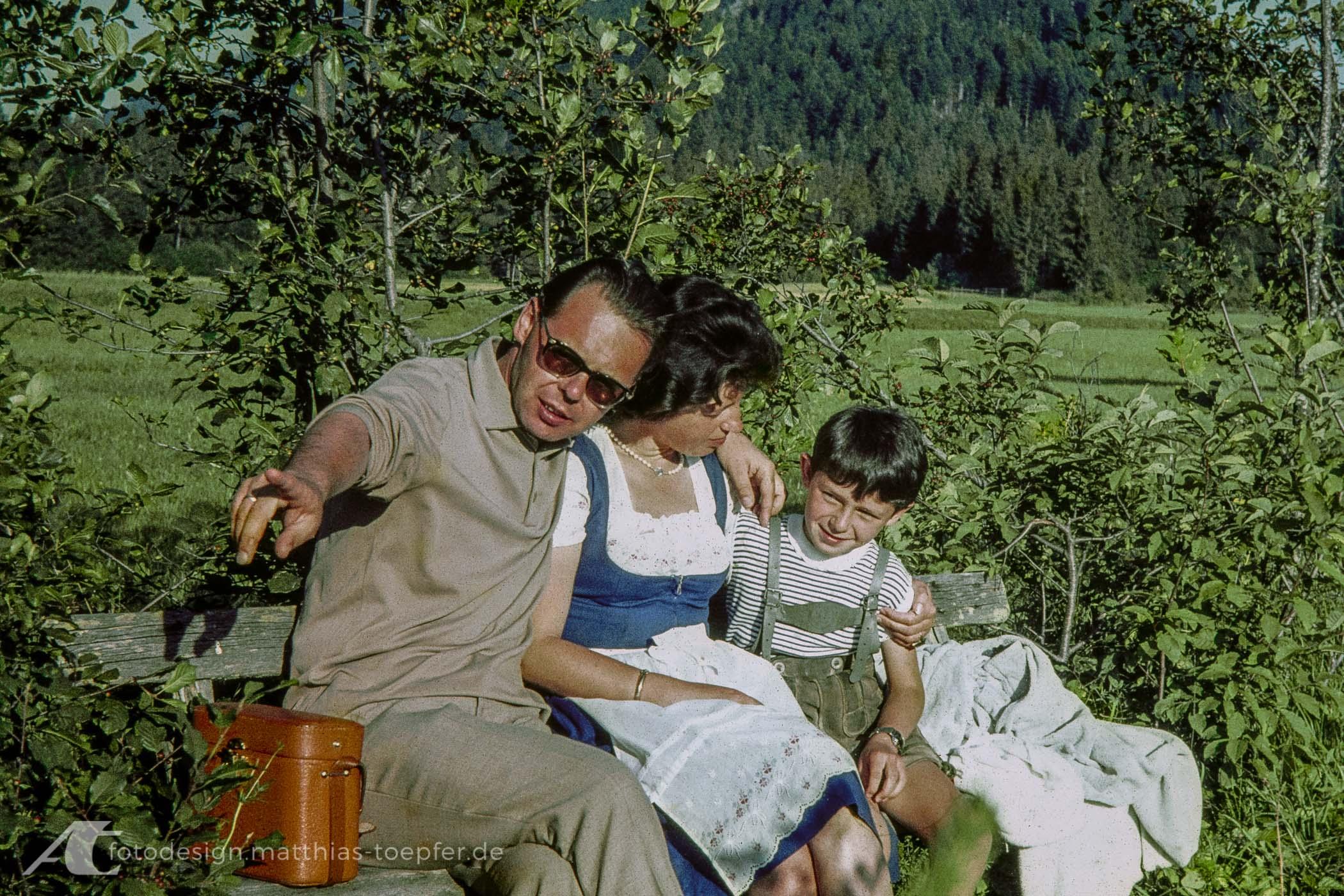 Roland, Sigrid und Matthias Töpfer 1964 auf einem Urlaub in Österreich